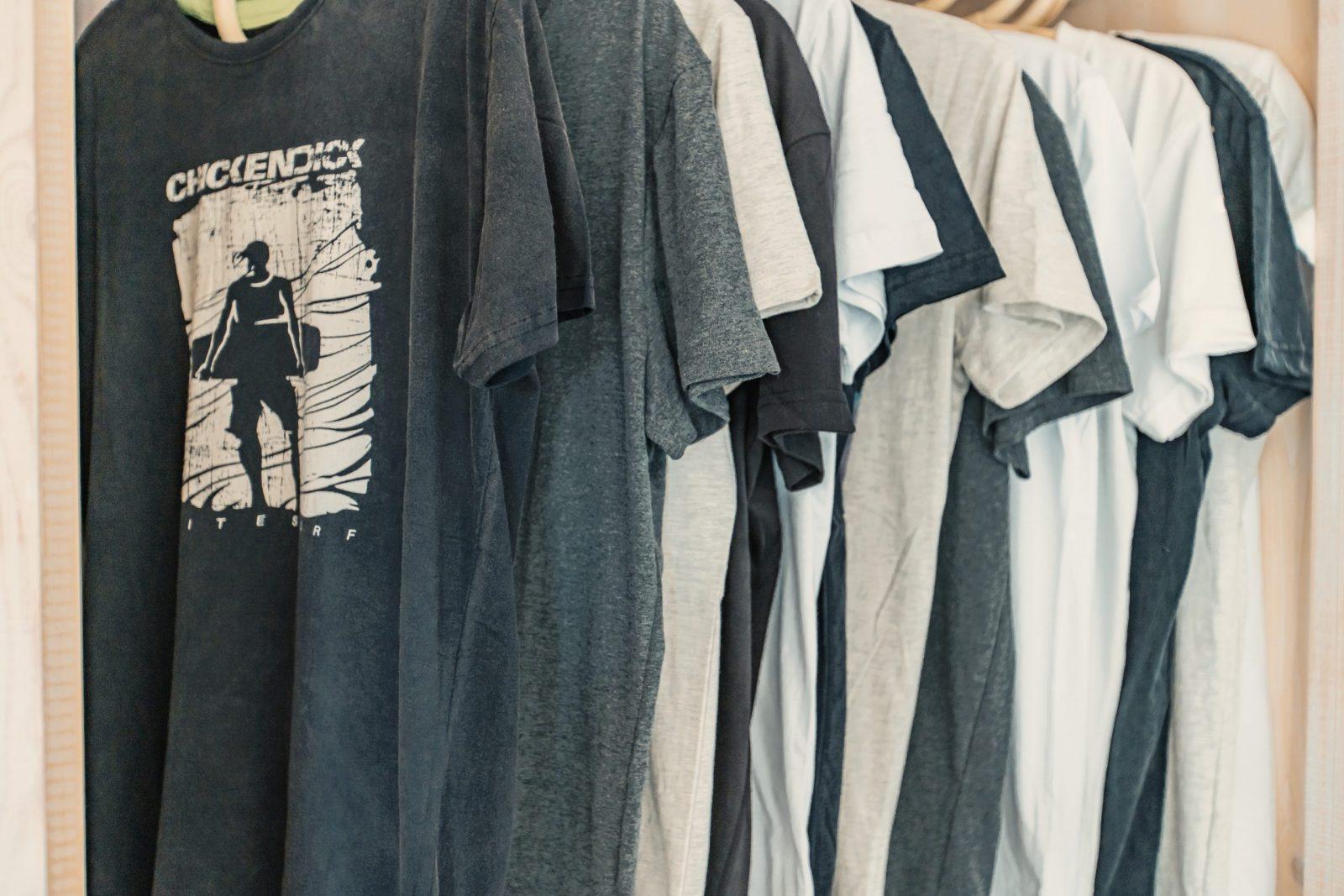 dans la boutique de Dakhla Evasion vous trouverez des T shirt Chickendick